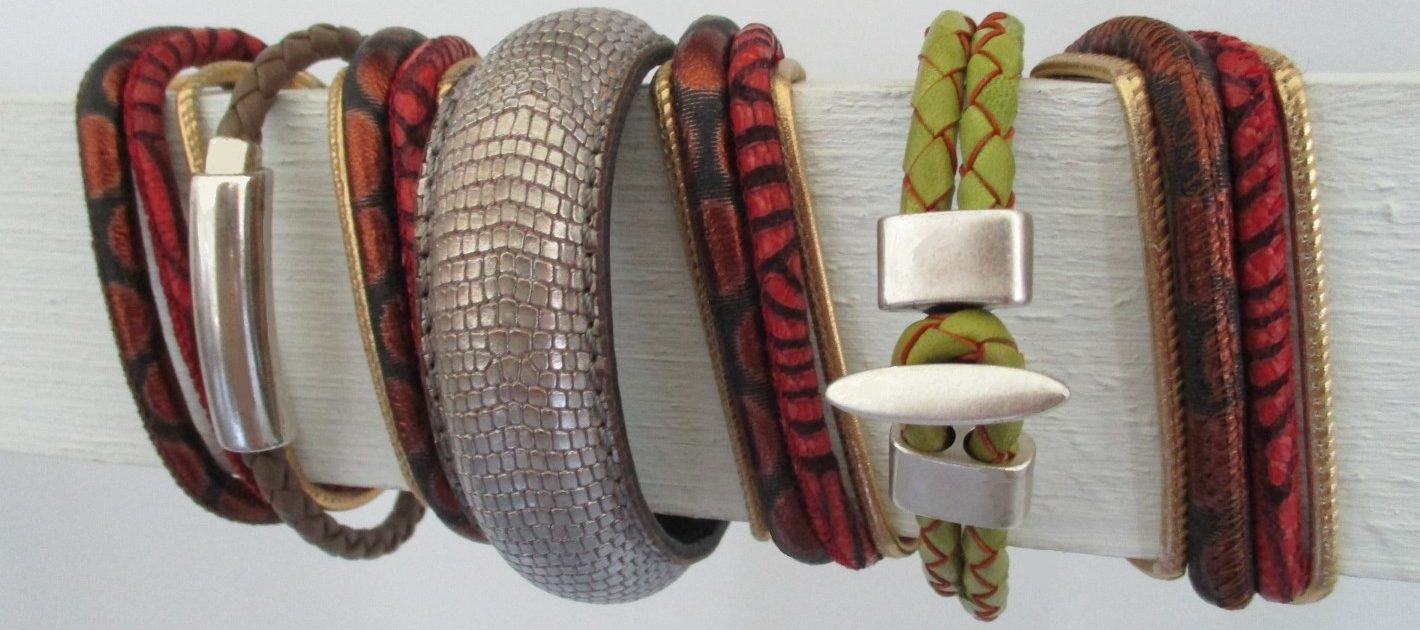 Jewellery with leather